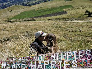 no hippies but happies