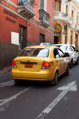 taxi quito