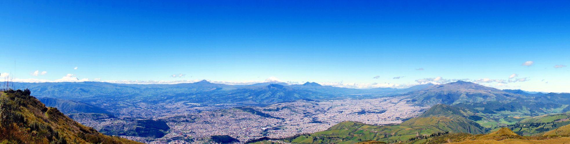 Vue sur Quito depuis le teleferiQo