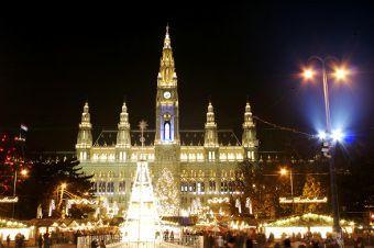 marché de Noel Rathaus