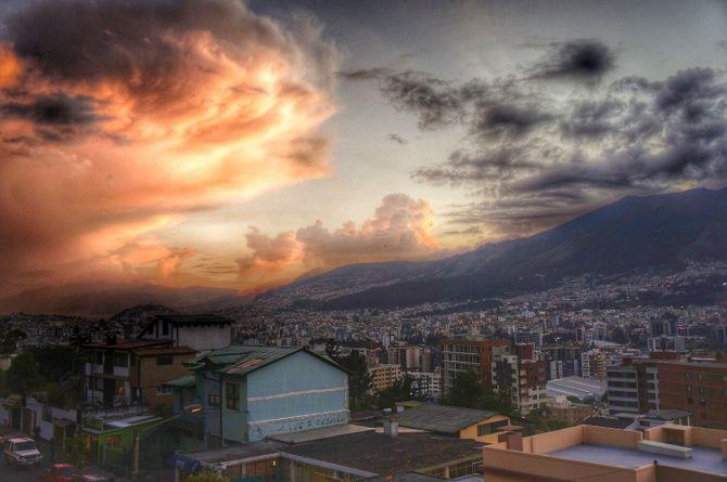 Quito nuages