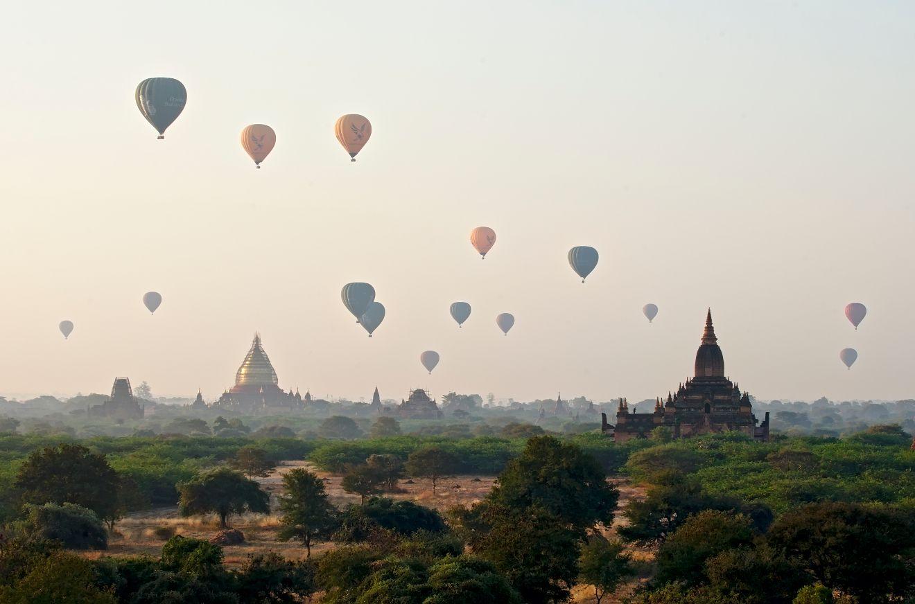 bagan montgolfieres