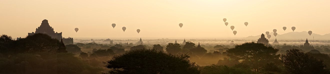 panorama bagan sunrise
