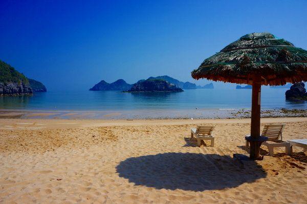 une des plages de Cat Ba