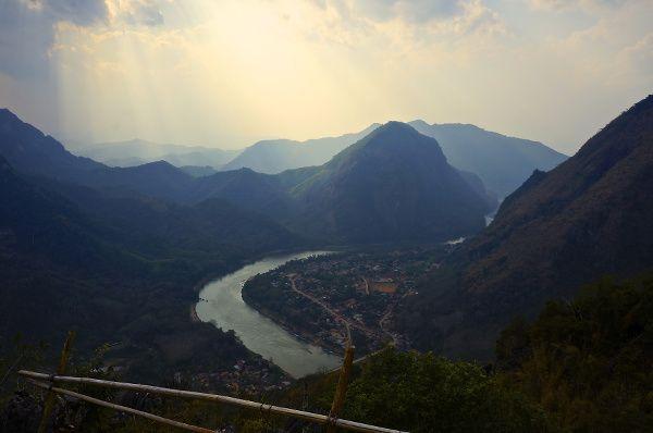 au-dessus de Nong Khiaw