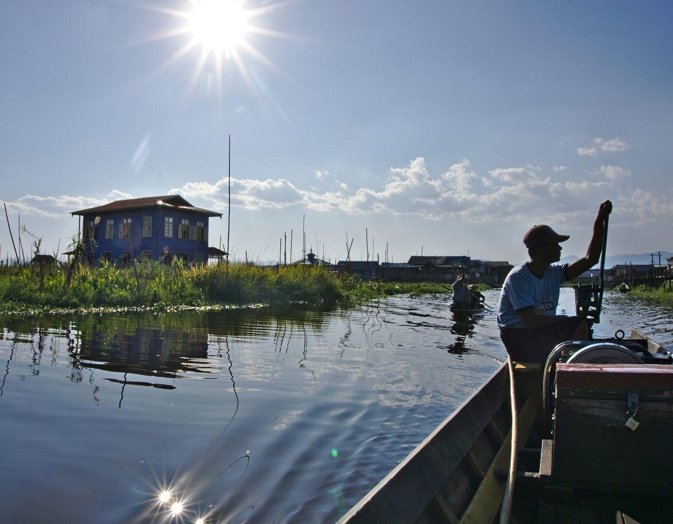 traversée du lac inle en bateau