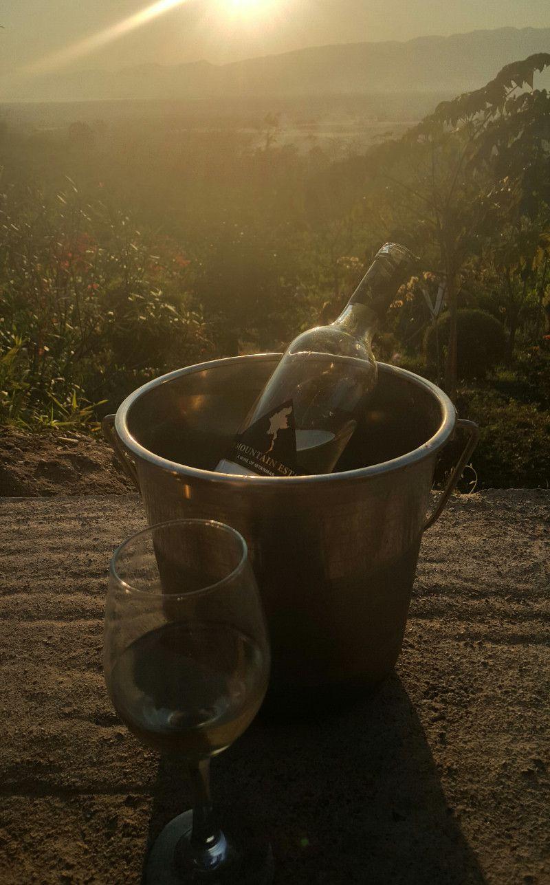 dégustation de vin en birmanie