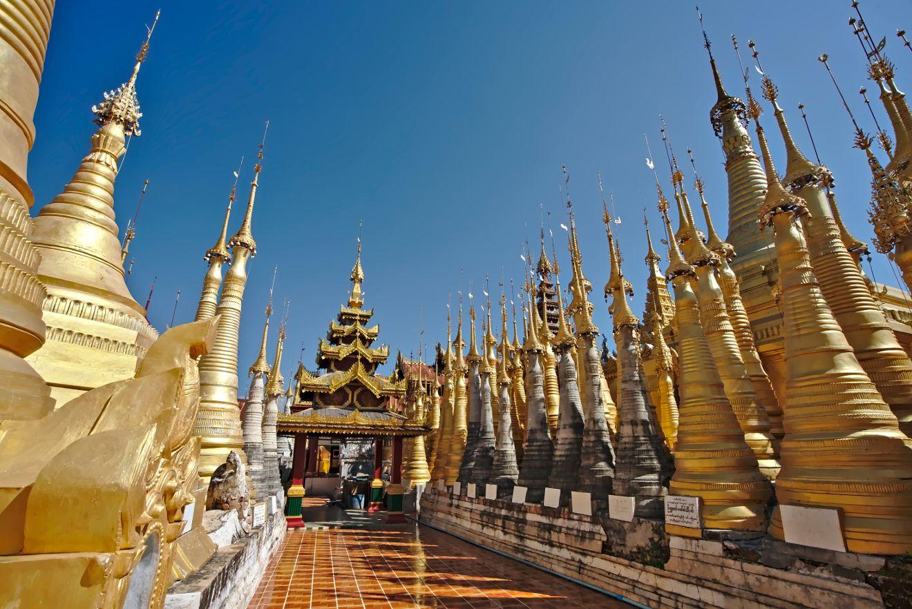 stupas dorées de Shwe Indein