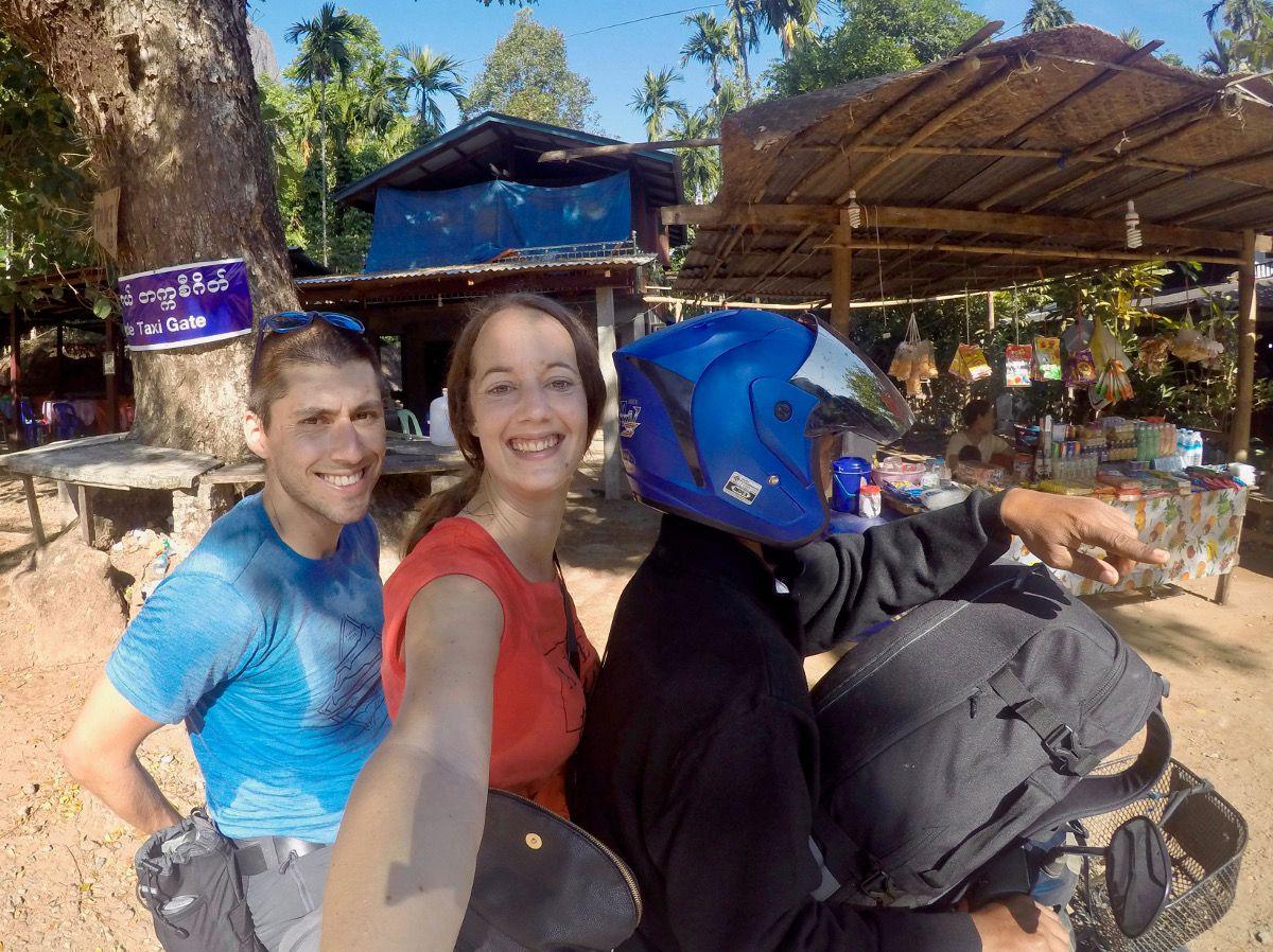 à 3 sur un scooter au Myanmar