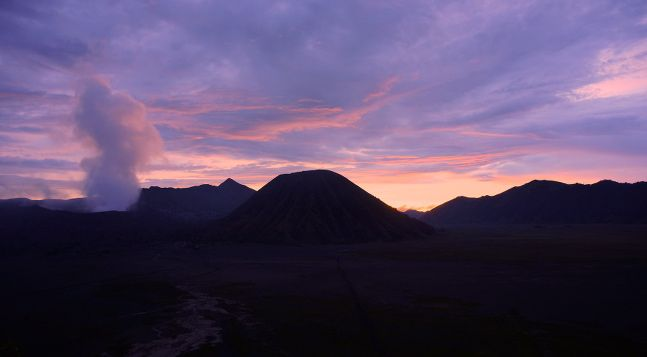 sunset in cemoro lawang