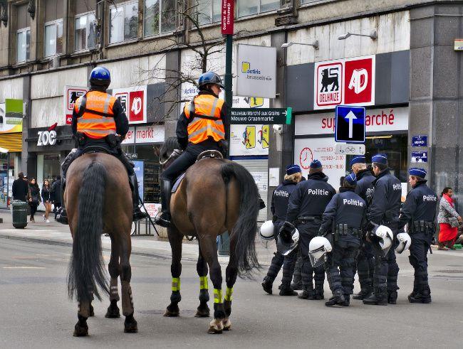 policiers à Bruxelles