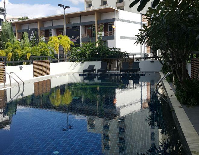 piscine de condo chiang mai