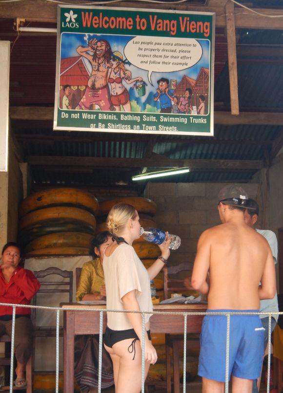 touristes vang-vieng