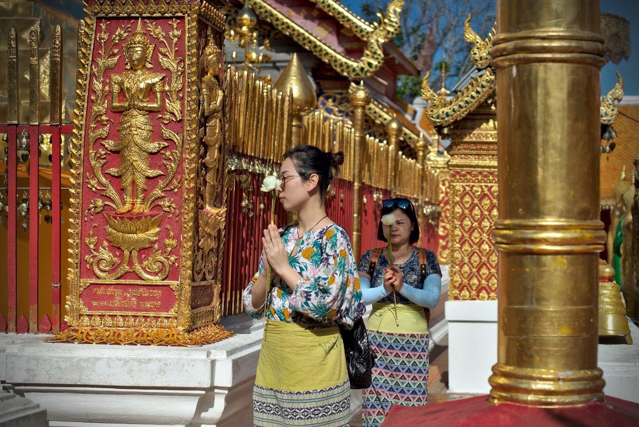 moment de prière à doi suthep