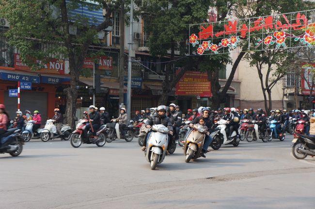 les scooters dans Hanoi