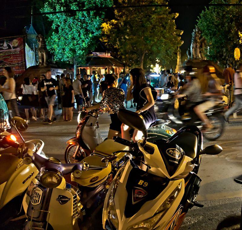 les scooters à chiang mai