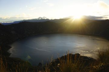 sunrise in quilotoa