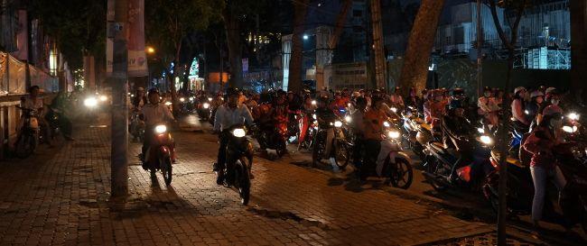 traffic Saigon