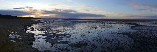 sunrise uyuni salt flats