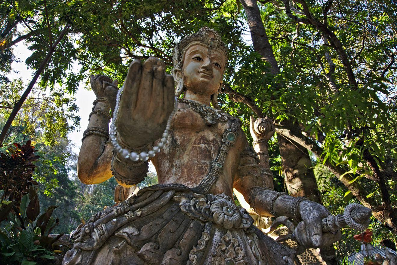 statue temple thailandais