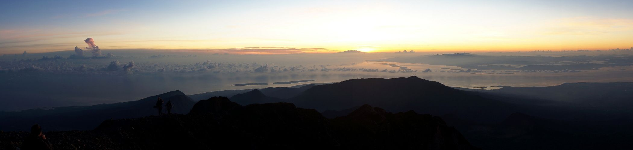 sunrise from the top of Rinjani volcano