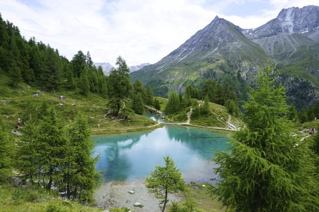 lac bleu, vu depuis en dessus