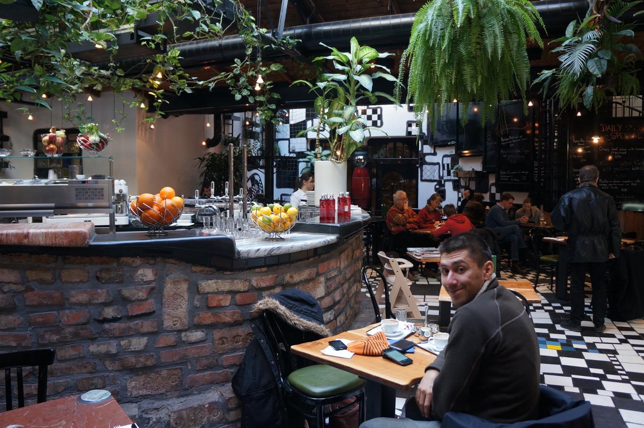 le café de hundertwasserhaus