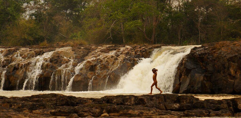 cascade au Laos