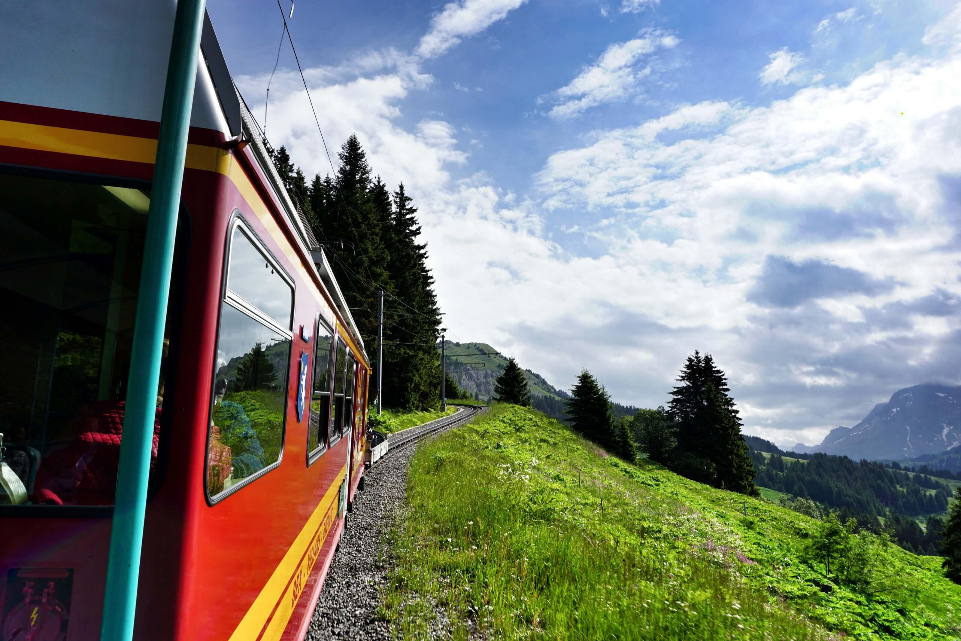 train villars-bretaye