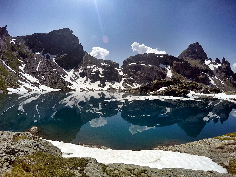 5 lacs en Suisse