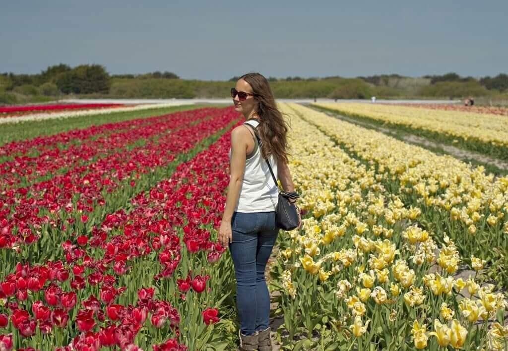 Fabienne dans les tulipes