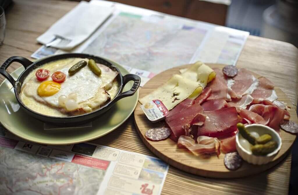 repas suisse, assiette valaisanne