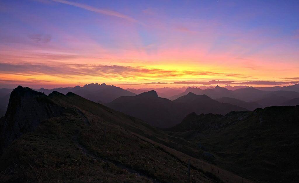 lever de soleil rocher de Naye