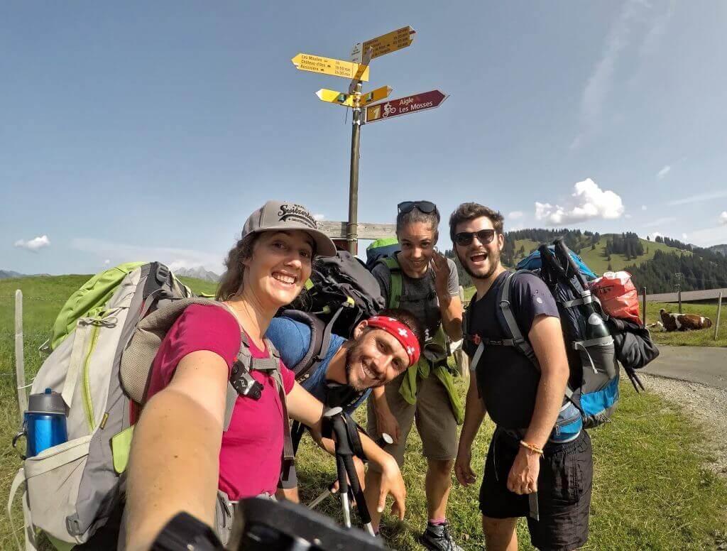 photo de groupe via alpina