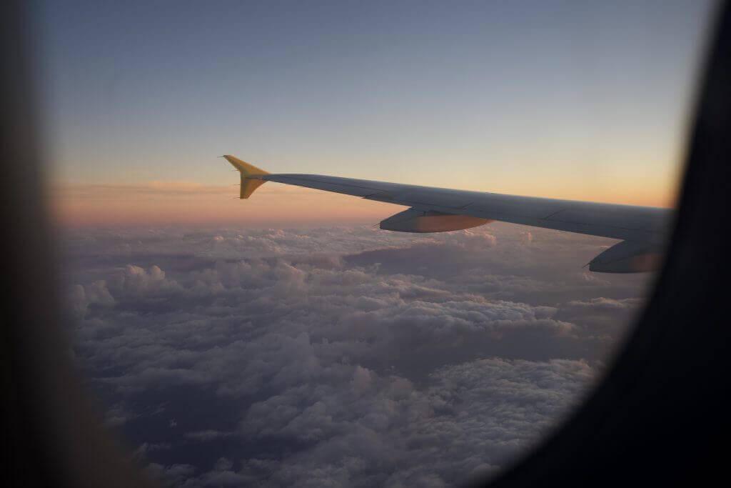avion lever de soleil