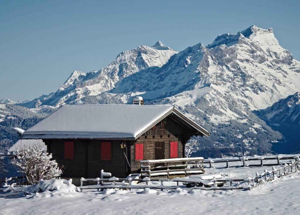 chalet montagnes suisses