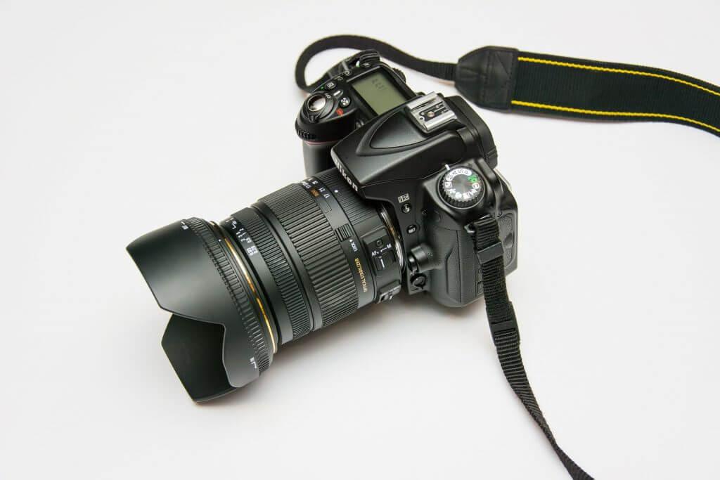 dslr or reflex camera