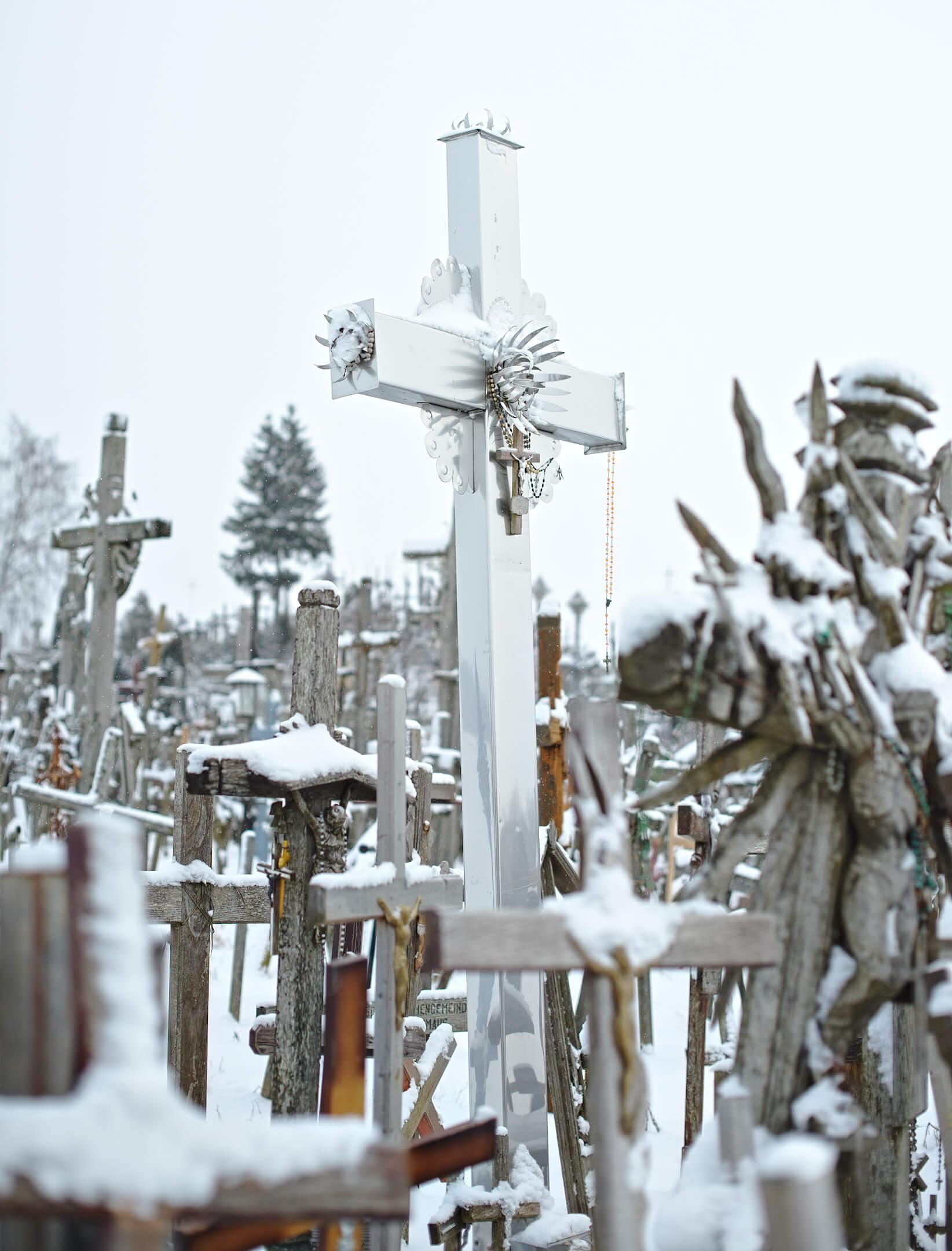 croix blanche, colline aux croix