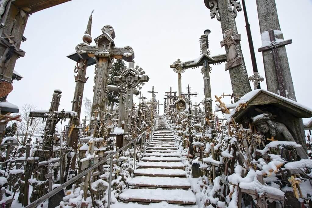 escalier colline aux croix - lituanie