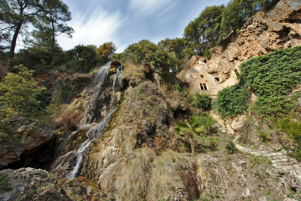 villecroze cascade
