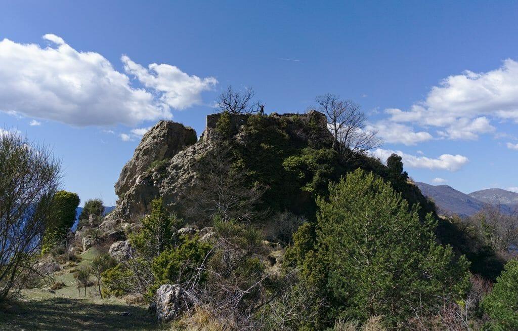 ruines du vieux castellar