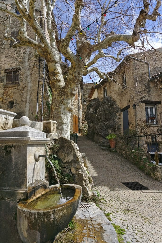 village de tourtour, var
