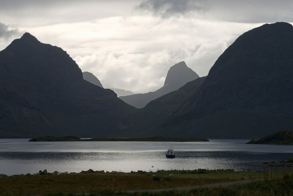 fjord-lofoten