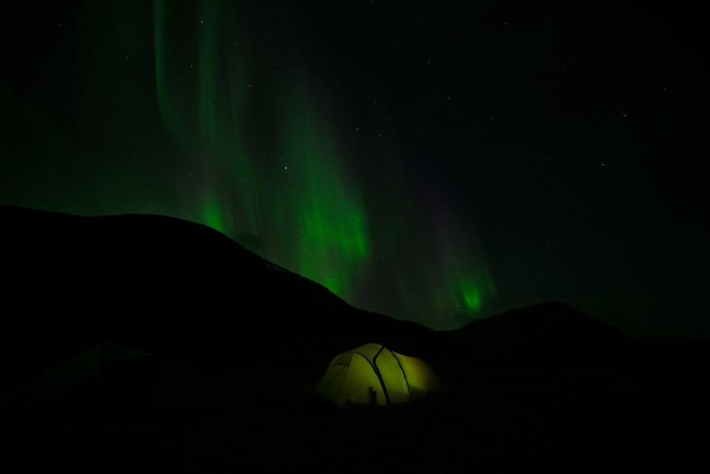 aurore-boreale-sombre