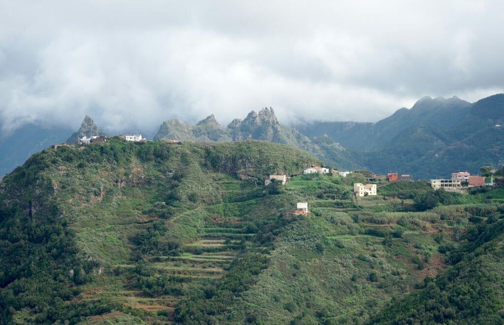 hameau dans l'anaga, tenerife