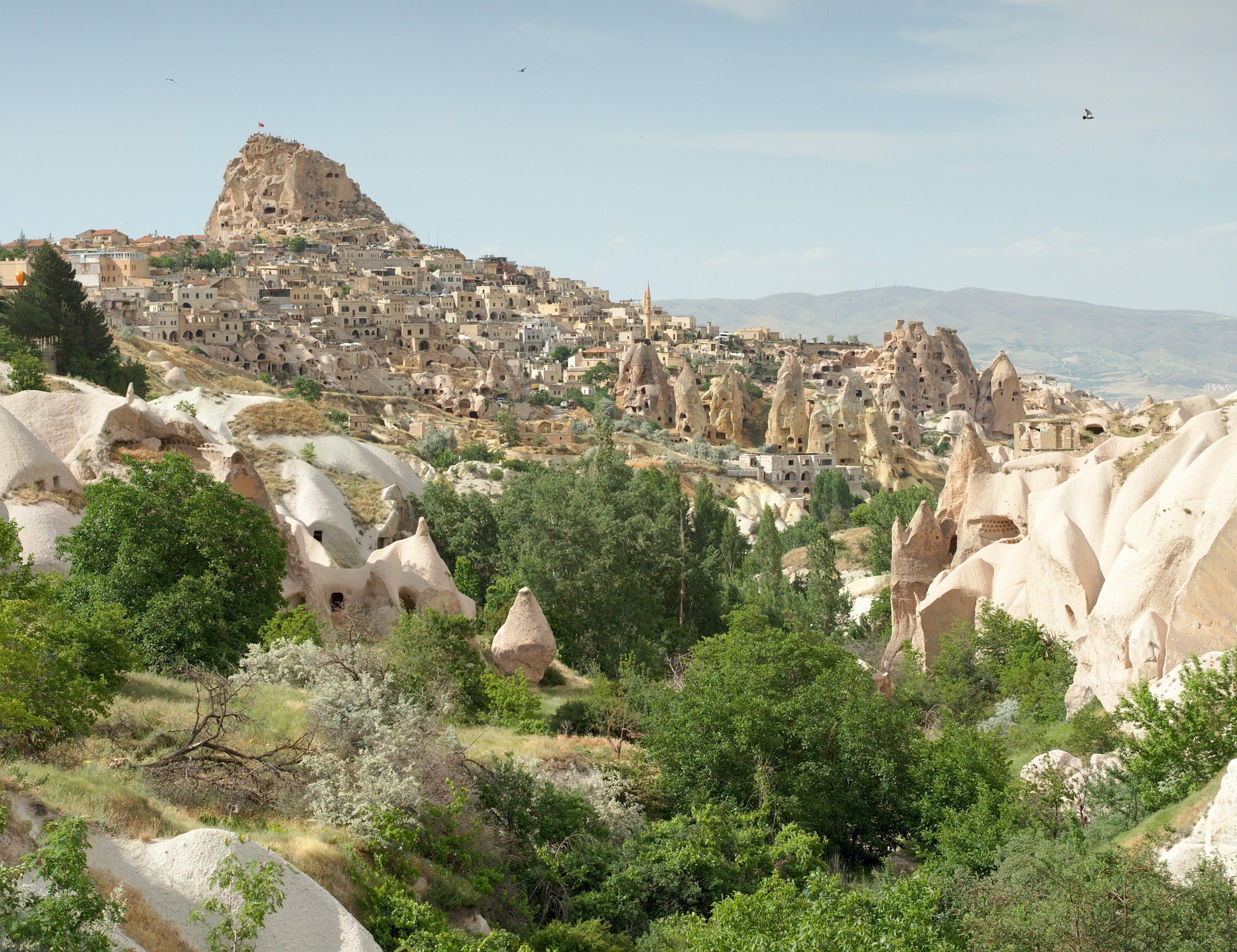 Vue sur Uchisar et la vallée des pigeons