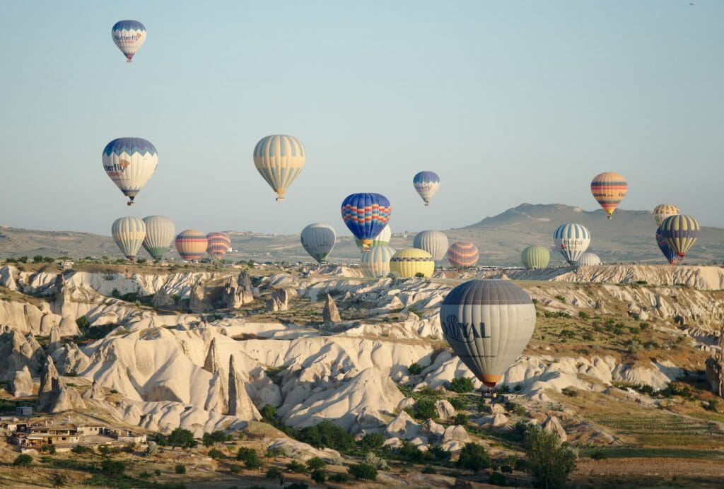 love valley montgolfières