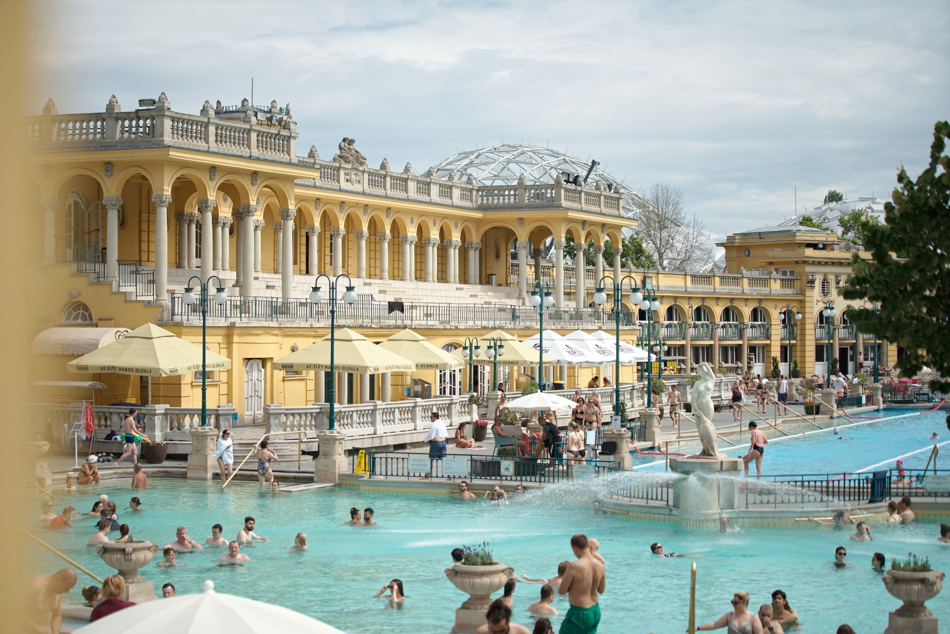 bains de Budapest