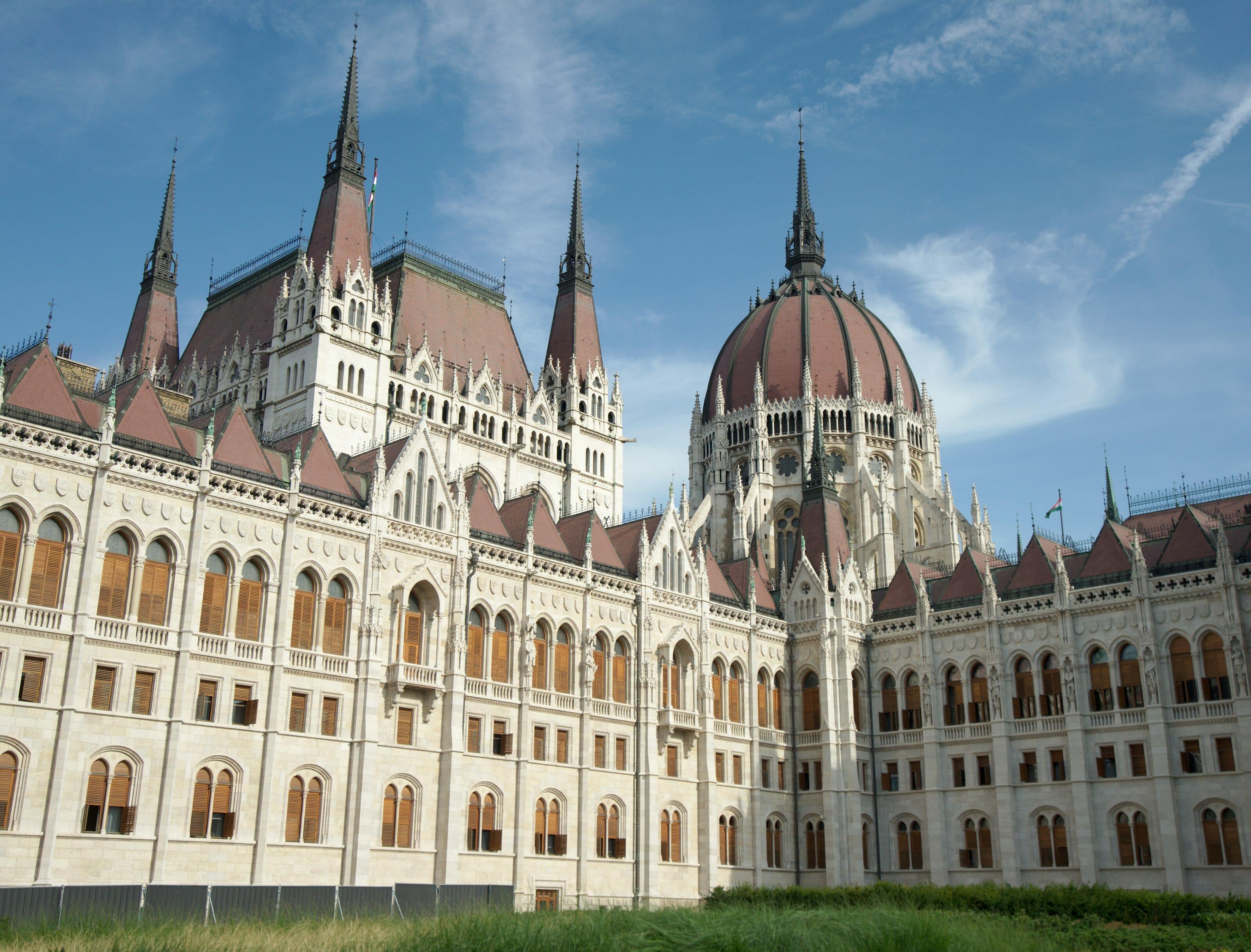 facade du parlement