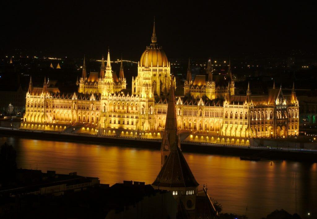 parlement de nuit
